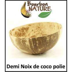 Noix de coco polie
